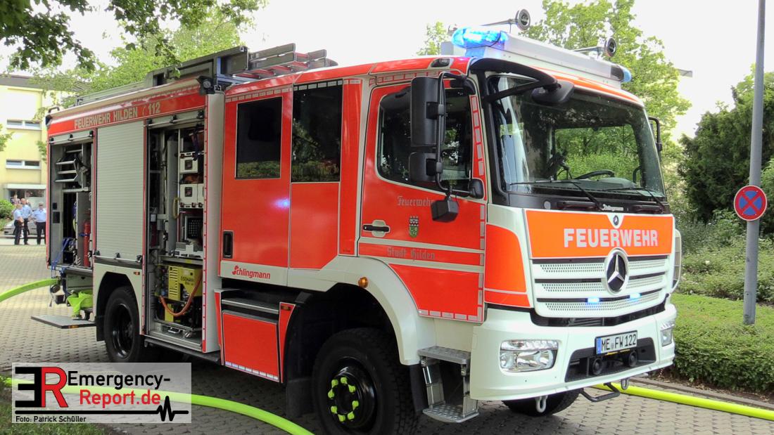 12082018 Hilden Nord Hochhausbrand Feuer Auf Dach Mit Starker