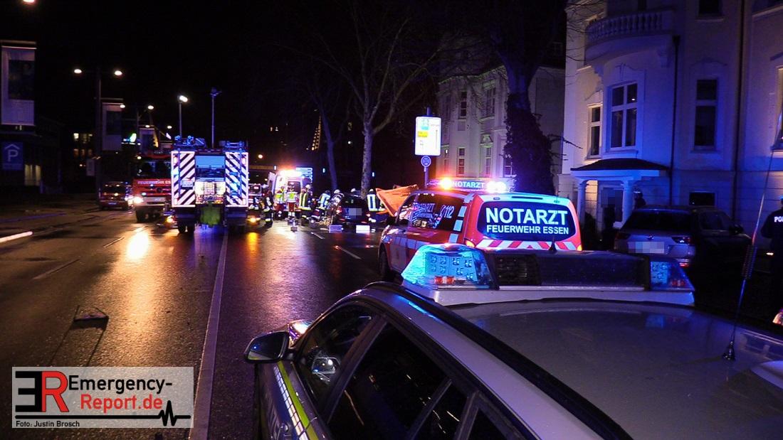 01012019 Essen Südviertel Tödlicher Unfall Fußgänger Unter